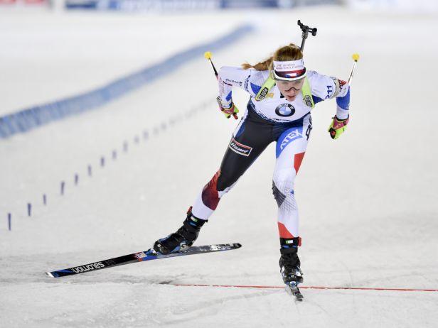 Hochfilzen přivítá biatlonový svět sprintem. V akci bude devět českých zástupců