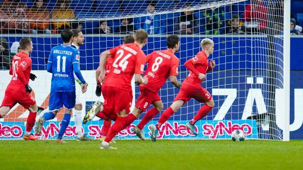 Koubek měl nad Kadeřábkem navrch. Augsburg vyzrál na Hoffenheim