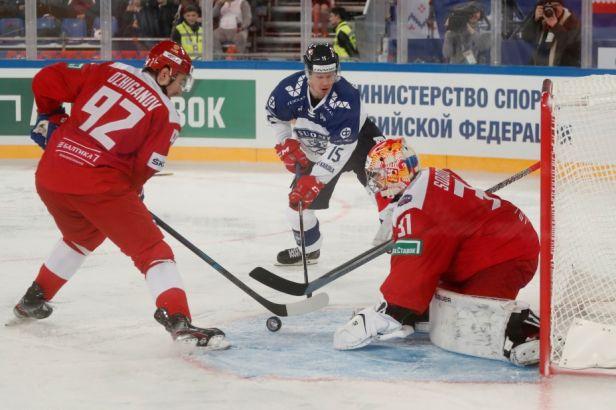 Finové nedokázali překonat Sorokina. Sborná si připsala první výhru za tři body