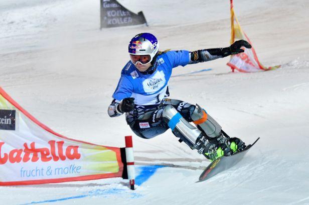Přechod z lyží na snowboard ve velkém stylu. Ledecká ovládla první závod sezony