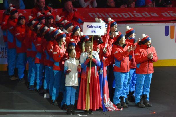 IX. zimní olympiáda dětí a mládeže odstartovala. Paralelní slalom ve snowboardingu nabídl nečekaný zvrat