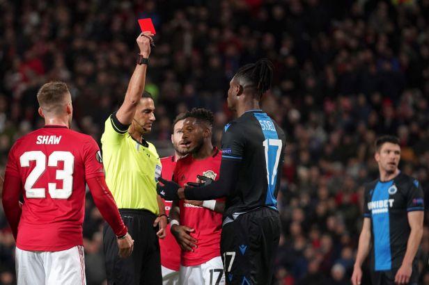 Deli byl vyloučen a Manchester Bruggy zničil. Vrbův Ludogorec opět prohrál a končí i Arsenal