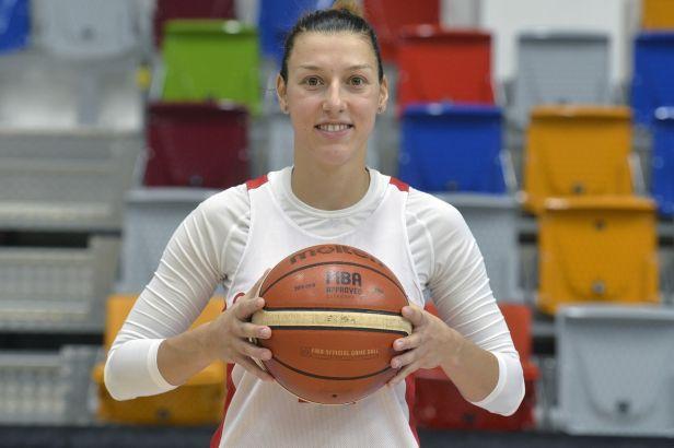 Basketbalistka Bartáková se do Minsku nevrátí. V Bělorusku se koronavirus vůbec neřeší, říká
