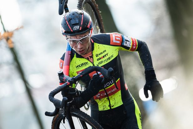 Boroš si druhým místem v Holých Vrších upevnil vedení v cyklokrosovém poháru