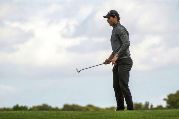 Nejen vynikající tenista, ale také golfista. Nadal na Mallorce držel krok s profesionály