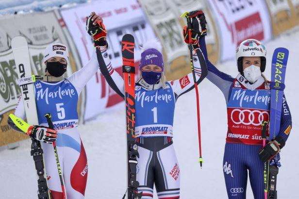 Gisinová v Kronplatzu vedla, ale nezvládla druhé kolo. Obří slalom vyhrála Worleyová