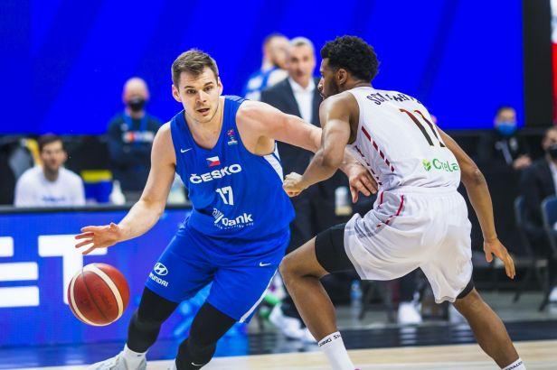 Basketbalisté uzavřeli kvalifikaci ME vítězně, proti Belgii zářili Hruban s Bohačíkem