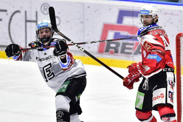 V extralize startuje play-off, ambiciózní Pardubice hostí Karlovy Vary
