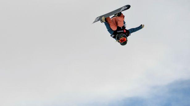 Lyžařský slopestyle vyhráli Ragettli a Ku Aj-ling. Na snowboardové u-rampě kralovali Tocuka a Kimová