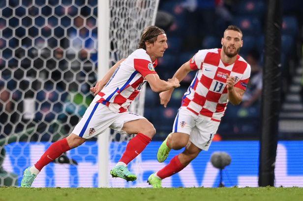 Kouzelník Modrič zajistil Chorvatům postup, Vatreni jdou do osmifinále z druhého místa