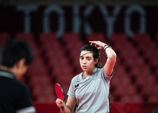 Překvapení se nekonalo, dvanáctiletá stolní tenistka ze Sýrie vypadla v prvním kole