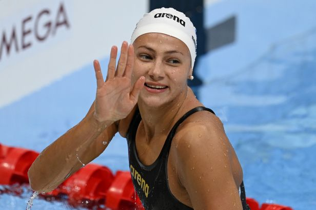 Seemanová znovu překonala český rekord a doplavala šestá