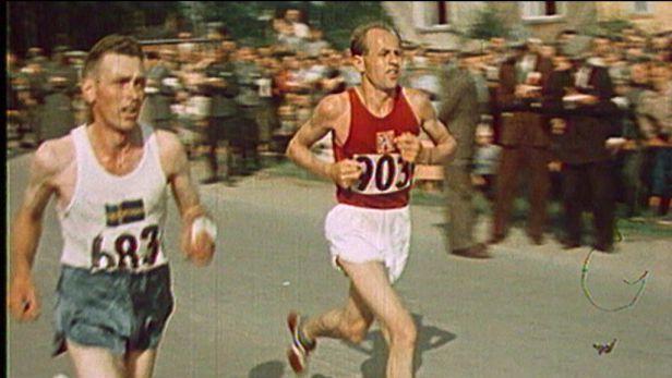Zátopek helsinským zlatem v maratonu vstoupil mezi nesmrtelné