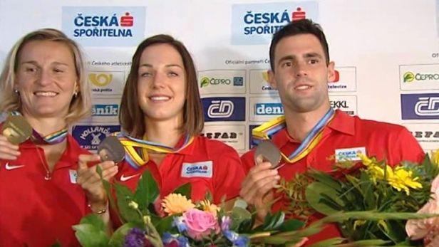Sloužím vlasti! Medailisté z ME atletů jsou zpět v Česku