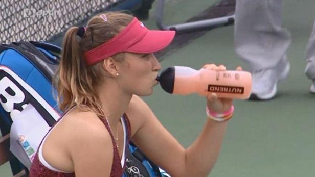 České tenistky zářily, Taekwondistka Šimánková nestačila na favoritku