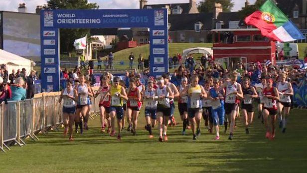 Mistrovství světa v orientačním běhu začalo sprintovými štafetami