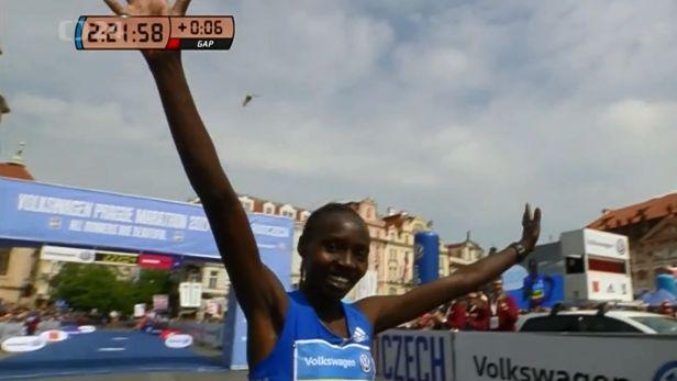 Aiyabeyová překonala rekord pražského maratonu