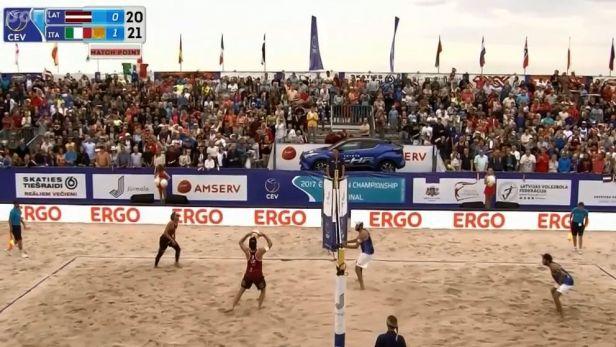 Italové porazili Lotyše a slaví třetí titul z ME za sebou