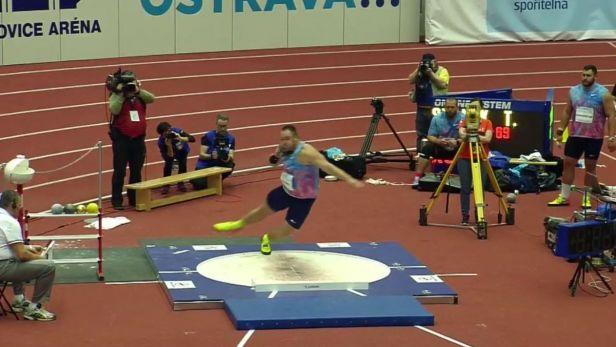 Halové osobní maximum koulaře Tomáše Staňka 21,61 metru