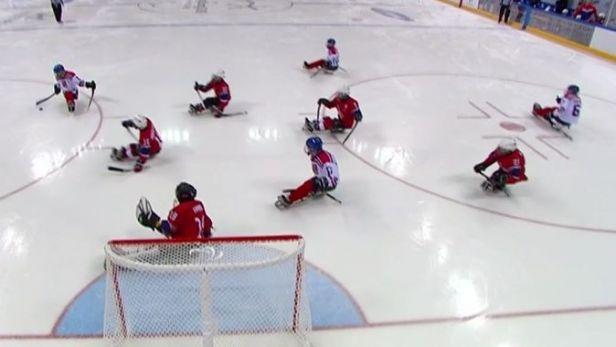 Sledge hokejisté nestačili na Nory a na paralympiádě skončili šestí