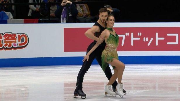 Vítězná jízda Papadakisové s Cizeronem v krátkých tancích