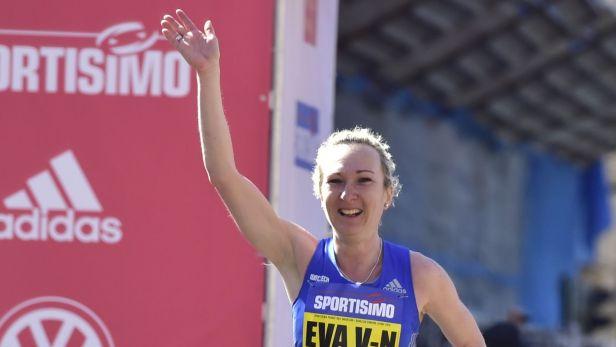 Vrabcová Nývltová překonala český rekord v půlmaratonu