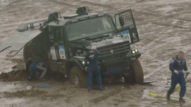 Silk Way Rally tone v bahně, 3. etapa byla zrušena