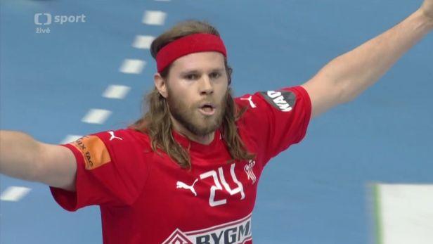 Efektní přihrávky a 12 gólů Hansena proti Francii