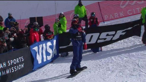 Vítězná jízda snowboardisty Scottyho Jamese v U rampě