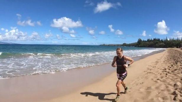 Češi se na Havaji neztratili. Karásková se loučila bronzem, Dušek byl sedmý