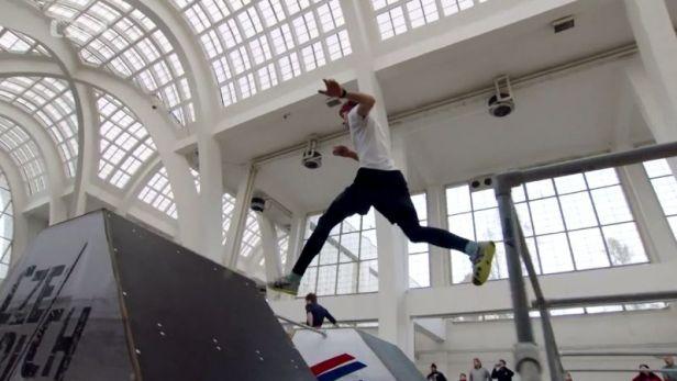 Na brněnském výstavišti se děly věci. Parkour zná své první české šampiony