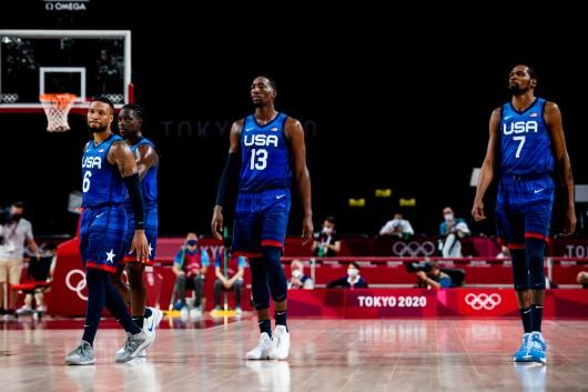 Američtí basketbalisté